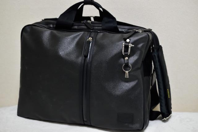 【レビュー】森野帆布のPCバッグは大容量収納で出張にも最適