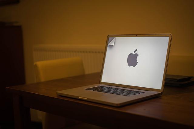 Macbookが愛される理由ってなんだろう