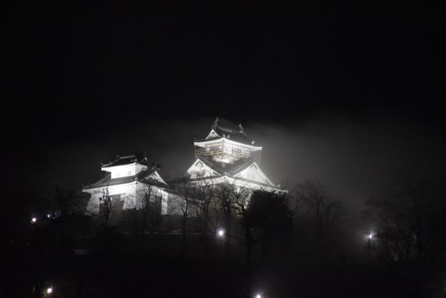 福井県大野市〜冬の花火に浮かぶ大野城