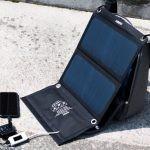 【レビュー】Aukey ソーラー充電器PB-P3でひらくPCバッグminiに乗せて充電したぞ