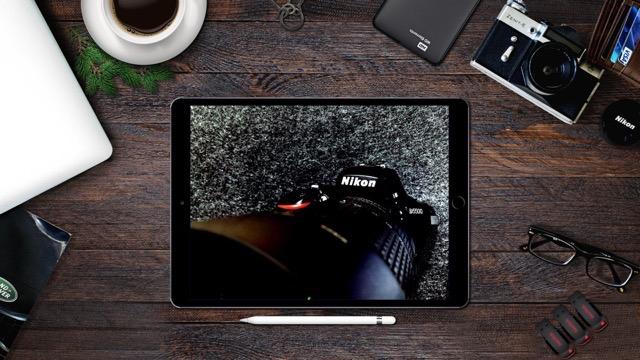 画像をiPhoneやMacBookに合成してダウンロードできるサービス