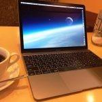 【きょうのちゃぼP】ネイビーブラッシュメタルが気に入りすぎて用もなくMacBookを眺める俺