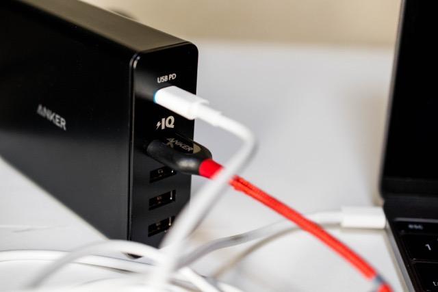 【レビュー】Anker PowerPort+ 5 USB-Cは、USB-PDでMacBook 12インチを急速充電可能!