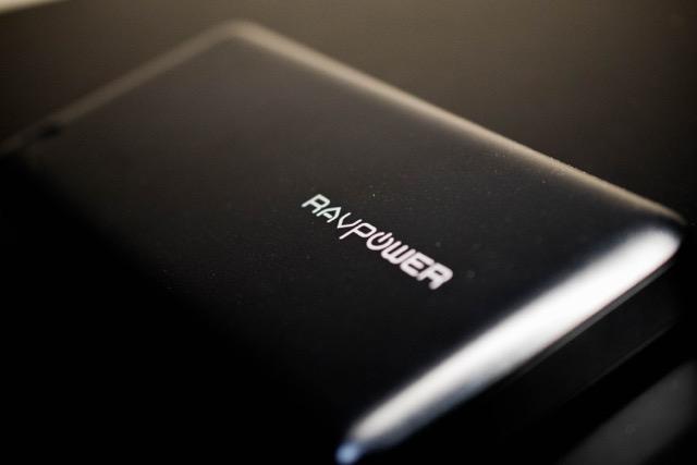 【連載】MacBook 12インチの運命(5)〜徹底比較!Ankerにライバル出現!RAVPower モバイルバッテリー 20100mAh