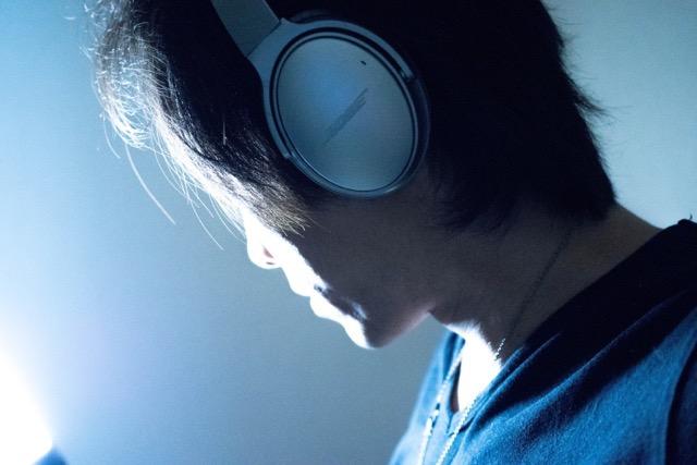 【レビュー】BOSEノイズキャンセリングヘッドホン QuietComfort 35が「無音の世界」に