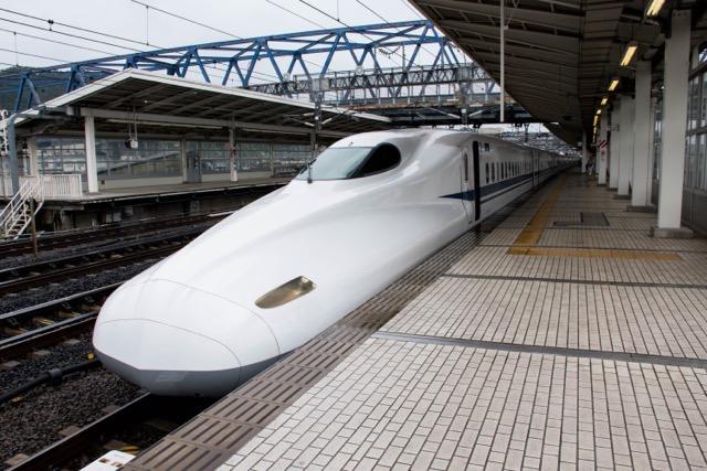 ひらくPCバッグminiとMacBook12インチとBoseQC35と共に東京へ